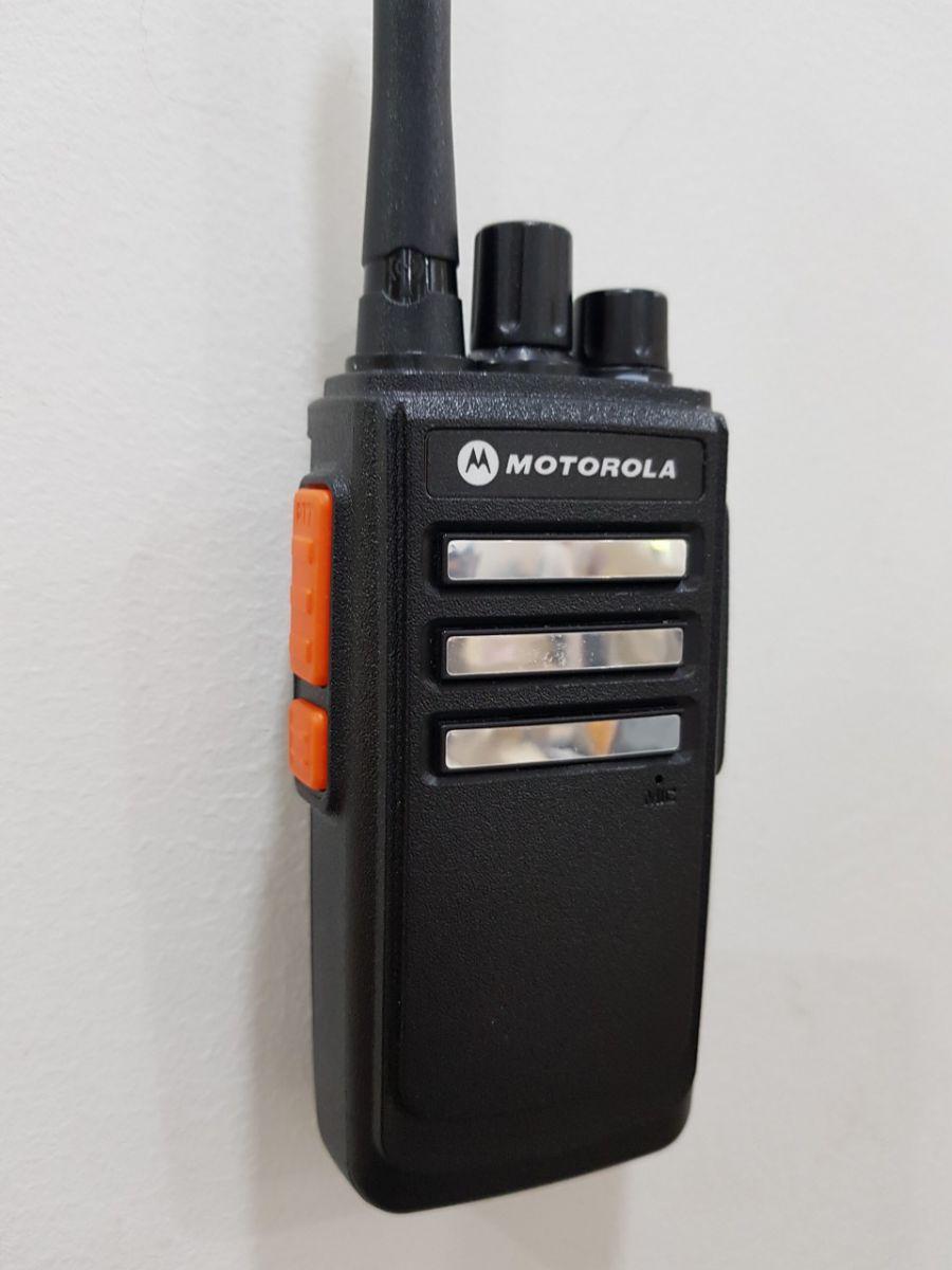 Bộ đàm motorola gp 6900 với nhiều tính năng thông minh, độ bền cao, âm thanh to rõ ràng